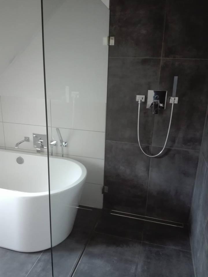 Dusche-Badewanne-Armatur-SHG-Stetten